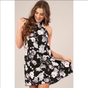 Dresses & Skirts - 🖤BE MINE FLORAL HALTER DRESS🖤